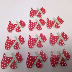 10 red wooden dog buttons  2cm 52A
