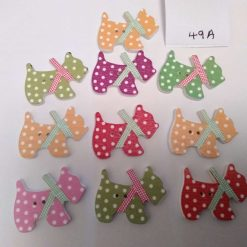 10 wooden dog buttons in a mix of colours 2cm 49A