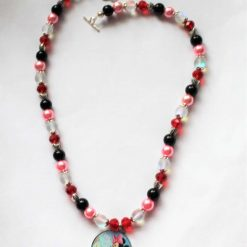 """Beautiful Hand Crafted Minnie Mouse Necklace 16"""""""