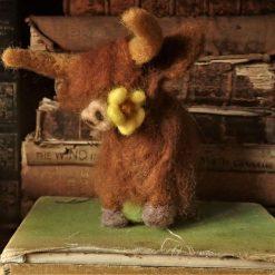 Needle Felt Highland Cow , Needle Felted Cow, Sculpture, Felted Cow , Fibre Art, Sculpture, Gift, Farm Animal, Fantasy