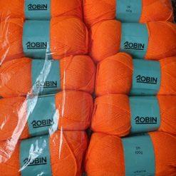 1kg (10 x 100g) Genuine Robin DK Doubleknit wool yarn. Colour: Jaffa. Free postage