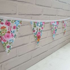 Floral Bunting 100% cotton, Flower Bunting, Floral Garland, Garden Bunting, Bright Bunting, Party Bunting, Fabric Bunting, 10 flags 2.5m