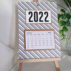 Calendar wall mounted