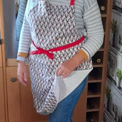 Apron.  Fabulous festive Christmas penguins print fabric apron..