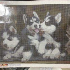 50 x 70cm diamond art kit (huskie pups)