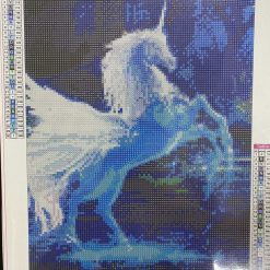 30 x 40 cm diamond art kit (unicorn)
