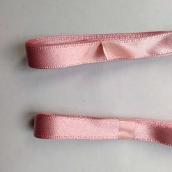 Berisfords 3m hank of 9mm dusky pink satin ribbon free postage