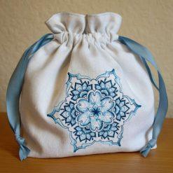 Christmas Drawstring Gift Bag / Make-up Bag / White Linen Snowflake Bag